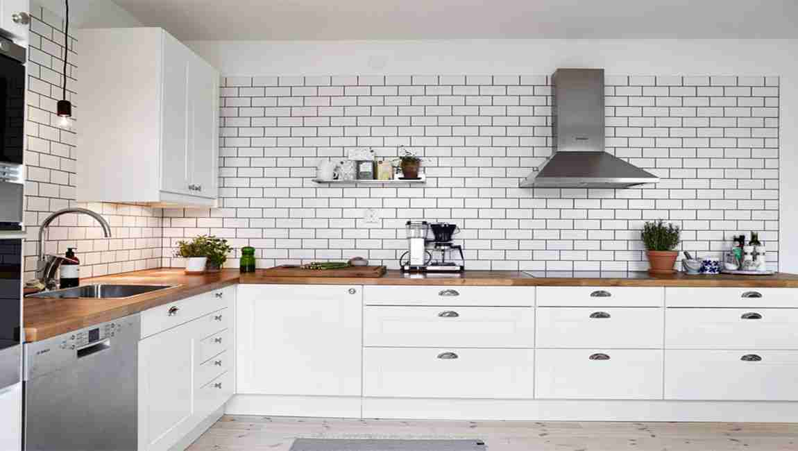 The Color Of The Kitchen Tile Relates To Your Cooking And ...